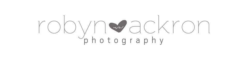 Robyn Ackron Photography logo